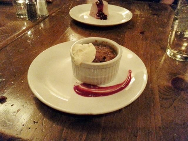 Raspberry & lime cheesecake with berry compote Spiced banana & blueberry bread pudding with rum caramel sauce & vanilla ice cream